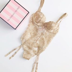 Victoria's Secret nude applique bridal teddy - 32B